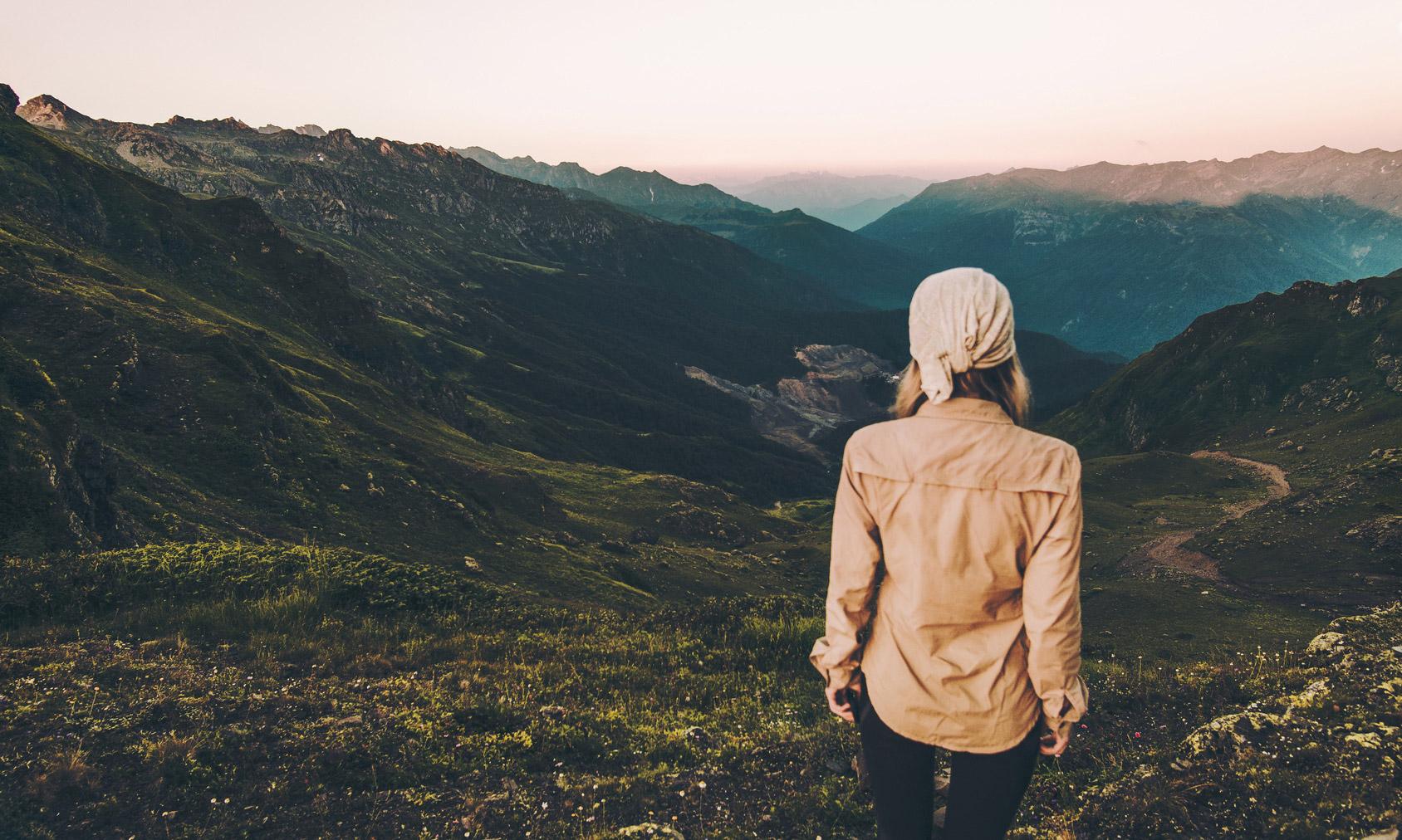 38 Tips For Women Hiking Alone Bonus Female Hikers Blogs-6505